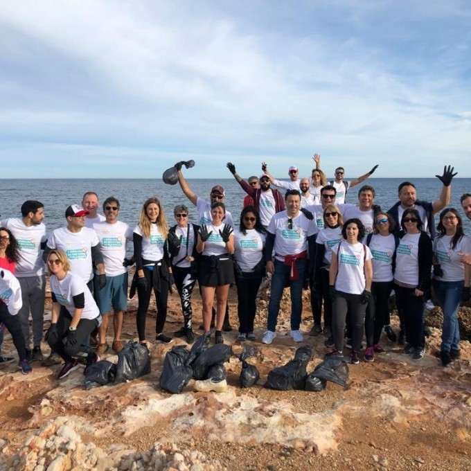 1st Beach Clean-up Day Marina de Denia X Hammeken Cellars