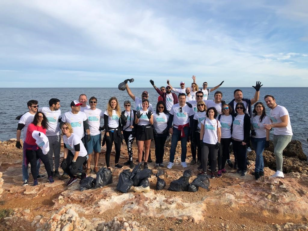1st Beach Clean-up Day Marina de Denia X Hammeken Cellars